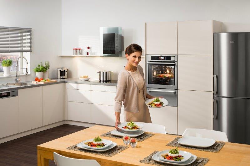 AEG Küche mit ProCombi Plus